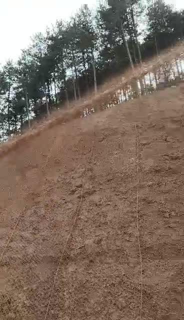 洛阳客土喷播机高扬程工程喷播视频华睿机械喷播机